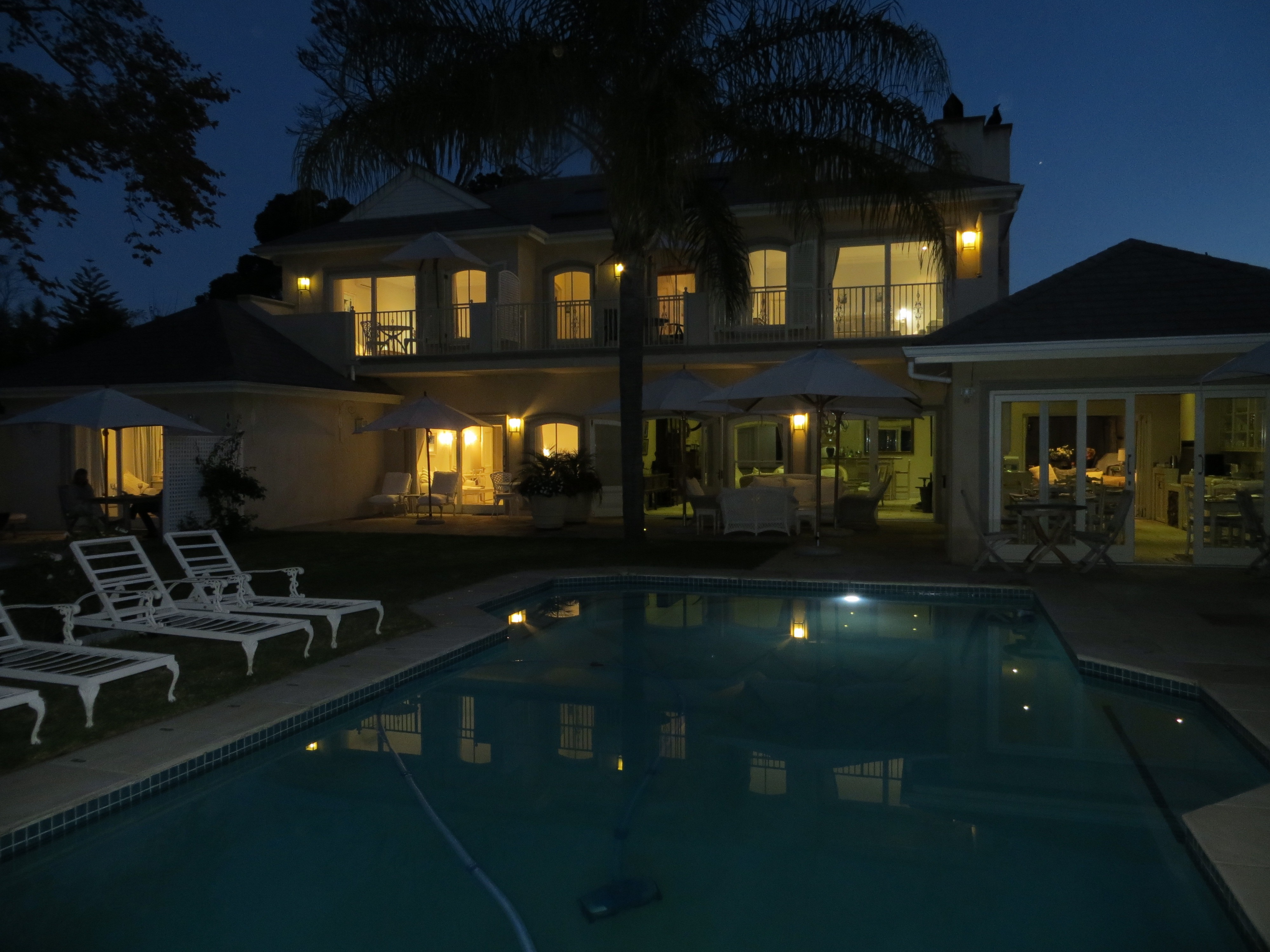 Night view: CVL IN CONSTANTIA VALLEY LODGE