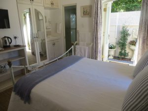 BUDGET DOUBLE ROOM 9